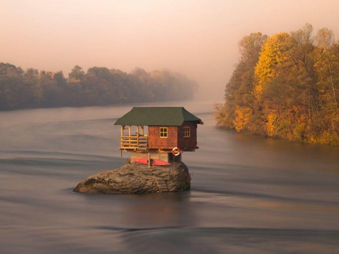 A river house in Serbia. Photo by Irene Becker.