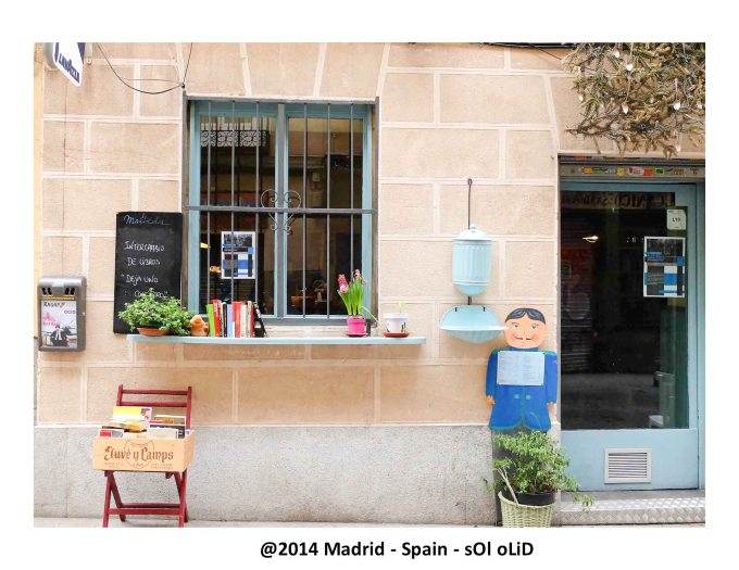 Cozy Coffee shop - Madrid